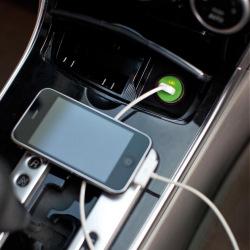 Loooqs, Nabíječka do auta s USB vstupem, bílá